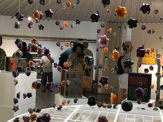 Inauguration of Maroma - AV Papers exhibition (photo Manohar)
